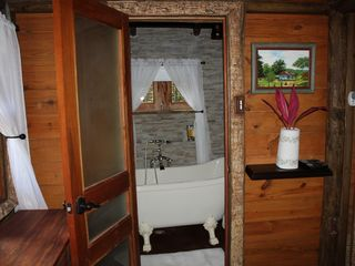 Ocho Rios villa photo - Dog house bathroom