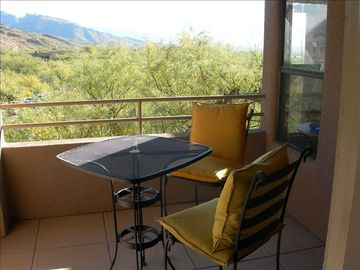 Oro Valley condo rental - Great mountain views from balcony