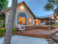 'Relaxation 101'...Spacious 3br Waterfront w/Private Resort Style Pool. Pets OK!