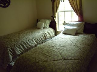 Suwannee River house photo - 3rd Bedroom - 2 Twin Beds