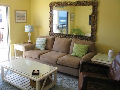 New Smyrna Beach condo rental - Living room - brand new sofa sleeper