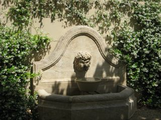 Garden Fountain - Gordes farmhouse vacation rental photo