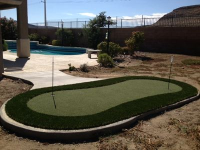 Putting Green - One more thing to do while waiting on the BBQ.