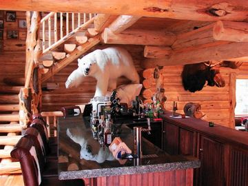 Polar Bear Bar - wine, beer or cocktails!