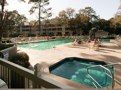 Larger Heated/Cooled Pool with Hot Tub- Heated March 1st--cooled in Summer!