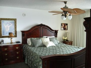 Master Bedroom-Crescent Shores 1512
