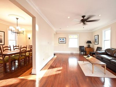 Niagara Falls house rental - Bright and spacious common areas