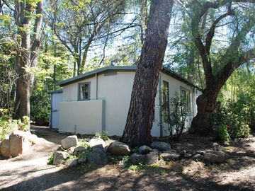 Ojai cottage rental - Pine Tree Cottage.