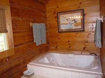 Down stairs bath with 2 person jacuzzi bath