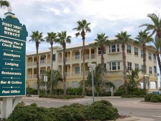 Bradenton Beach condo photo - .