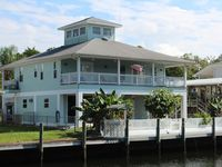 Book Your Scalloping Summer Vacation at Key West on Crystal River.