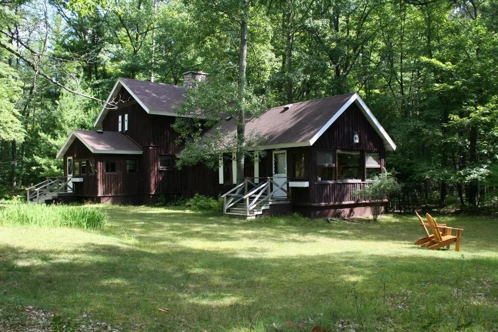 Unique lodge cabin private 1 5 ac 5 lake chain st germain for Northwoods wisconsin cabin rentals