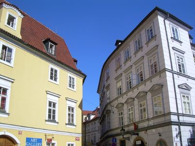 Mala Strana - Hradcany apartment rental - The façade of the renaissance house on the square