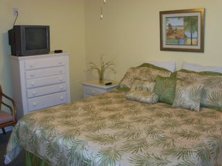 Windy Hill condo photo - King size bed with color TV (cable & HBO) and private full bath (w/ tub/shower)