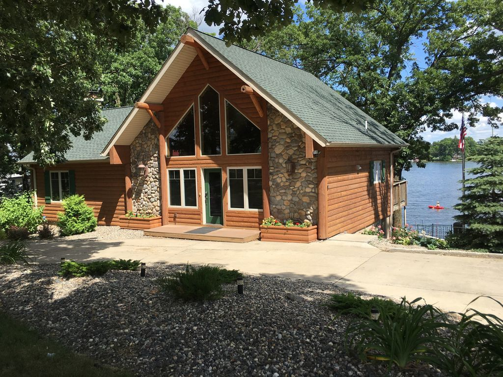 Amazing Lake Home Winter And Spring Vrbo