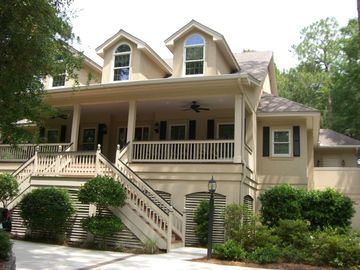 Palmetto Dunes Vacation Dream House - On the Beach Path - Sleeps 10, Pool