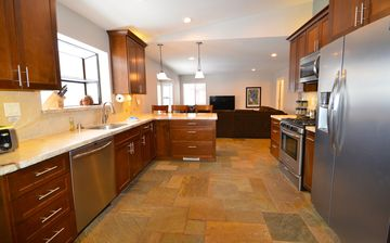 Montgomery Estates house rental - New fully equipped kitchen