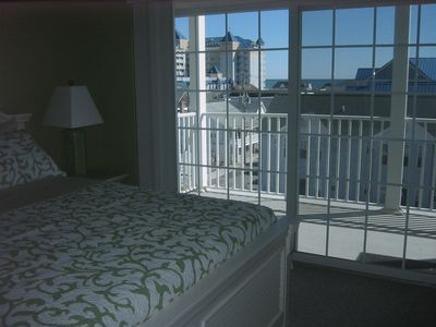 Bedroom #1 - Master bedroom with sliding door to balcony & a view of the ocean