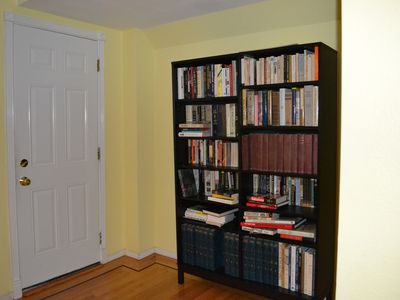 Bookshelf for the readers