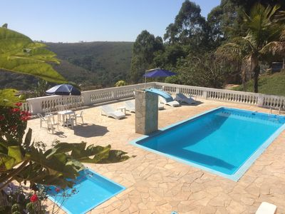 Wonderful place w / 2 suites + 3/4 c / Pool and Churrasq. R $ 1 300.00 FDS