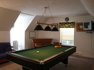 Arrowhead Lake house photo - Billiard room w/ pool table