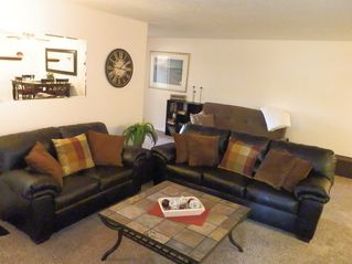St. George condo photo - Family Room with flat panel TV/DVD player with stereo sound.