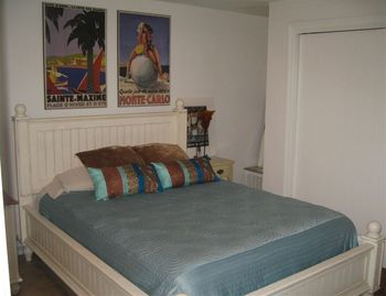 First Floor Beach Bedroom- has attached bath/ shower. 2nd living room attached
