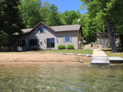 Newly Remodeled and New Mngt. Beautiful home on lake in Hiawatha National Forest