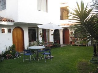 Arequipa apartment photo - Patio set in courtyard