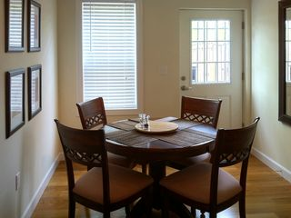 Logan Circle townhome photo - Dining Room