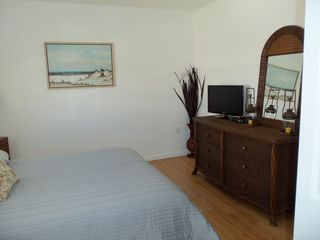 Hutchinson Island house photo - Bedroom #1 - dresser and tv