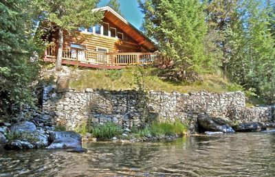 The Overlook Cabin - privacy, view, and 24 hour sounds of the water!