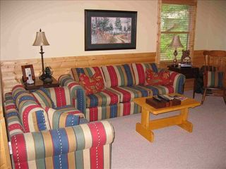 Ellijay cabin photo - Large, Open Loft with Queen Sized Sofa Bed