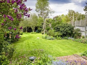 Garden, Woodpecker Cottage, Surrey