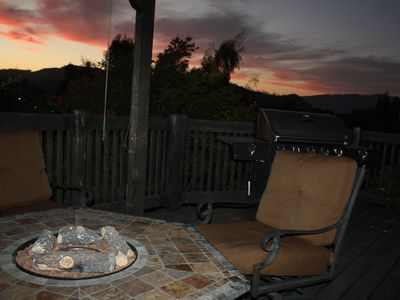 Deck with fire-pit Table
