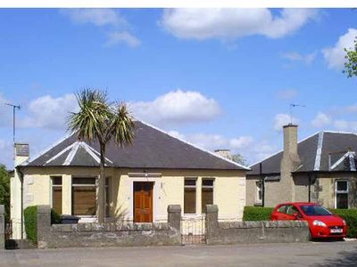 Dunfermline & West Fife bungalow rental - Palm Tree House 2010