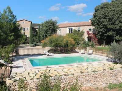 Gite with a high standard of comfort between the garrigue and the provence
