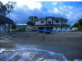 Runaway Bay villa photo