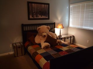 Cottonwood Heights townhome photo - Kids' bedroom #4 (full over full bunks in January)