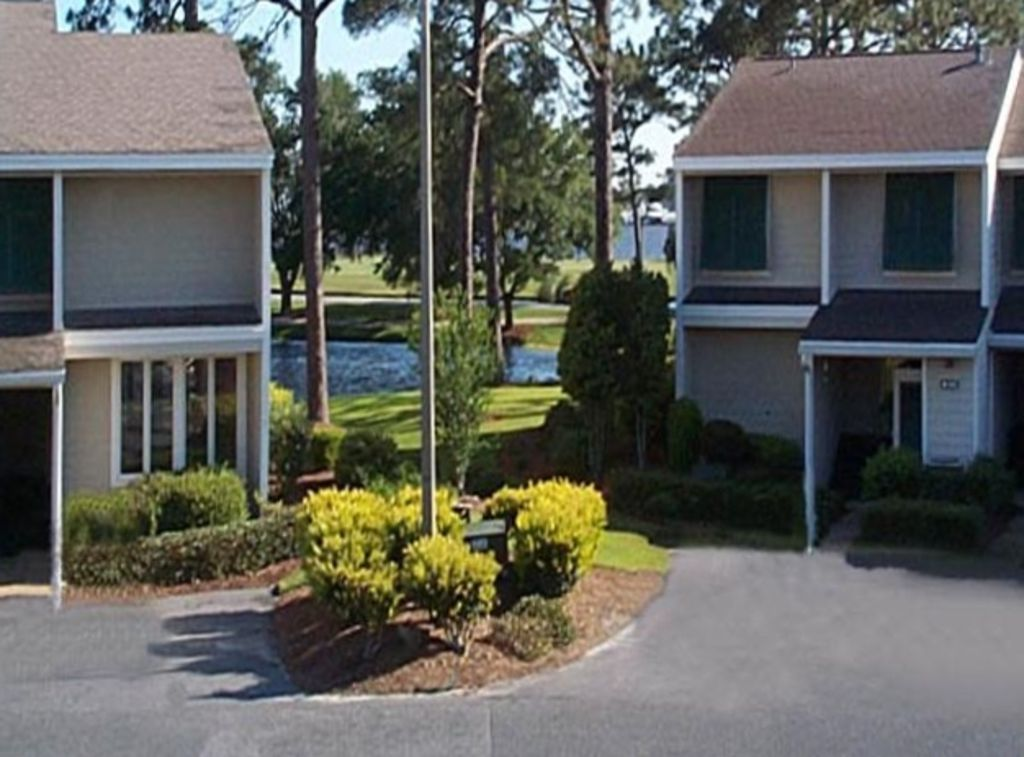 2 Master Suites with King Beds and Complimentary Golf Cart!