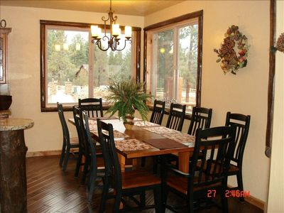 Beautiful 10 seats Dinning Room