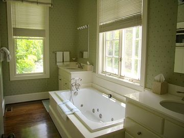 Master Bath with Tub and Separate Shower