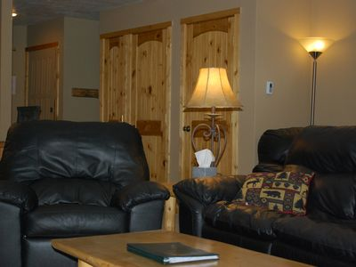 Breckenridge condo rental - Looking from living room toward front door.