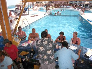 San Jose del Cabo condo photo - Swim up Bar - a popular retreat.