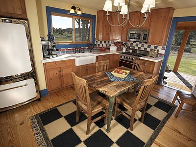 Upscale Kitchen, Viking Stove
