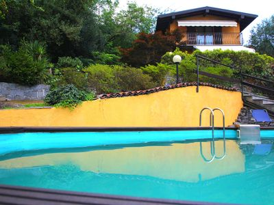 HOUSE WITH GARDEN AND SWIMMING POOL USE ONLY