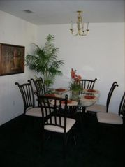 Club Cortile townhome photo - Eat - in dining room