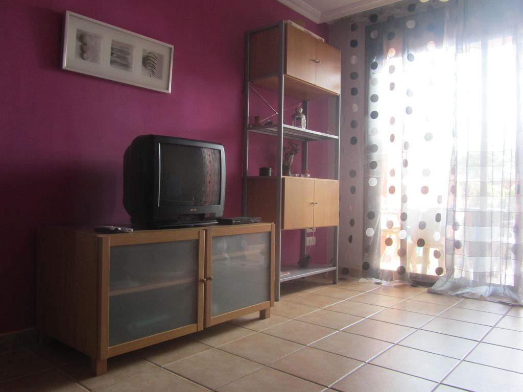 1 Bedroom Apartment In El Medano With Private Garden