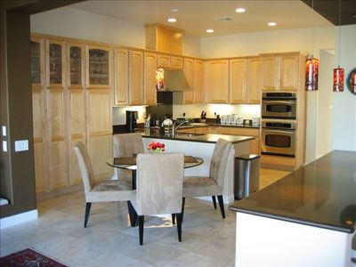Spacious eat in kitchen