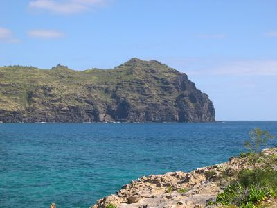 The Ha'upa mountain range extends into the pacific as seen near Poipu